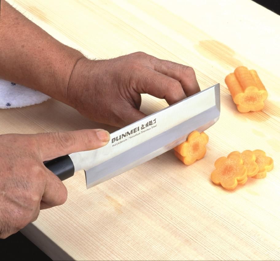 coltelli-giapponesi-per-verdure